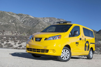 Заказать такси – минивэн онлайн из Симферополя в Ялту по лучшей цене 2016 года вы можете на сайте компании «Минивэн Такси Сервис»